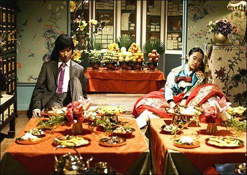 雨、いや台風ばかりの9月。 付近は明日も雨模様=こもってドラマ三昧日和。 今サンマを焼いてるんだけど、焼きあがる前に書きあげられるかな? 思いつくまま一気にいってみよう! Gyaoさんで韓国ドラマ「宮~Love in Palace」の無料動画配信がスタート! 宮~Love in Palace|GYAO!|ドラマ 前回は2015年の1月だか2月だかに配信あったよね 気が付いたら始まってて、メモりそびれた記憶があり^^; <ある日わたしがロイヤルファミリーに?!> という女の子が主人公のドラマといえば、 まさに今月GYAOさんで一挙配信のあった 「マイ・プリンセス」とかぶるじゃん! とお気付きの方…