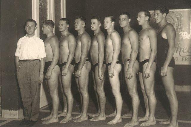 Vintage Swim Team 99