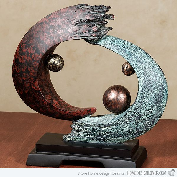 15 Artistic and Abstract Table Sculptures