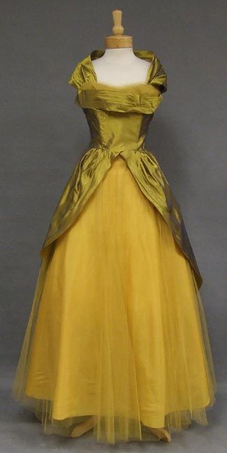 ~Organdy & Tulle 1950's Ball Gown~
