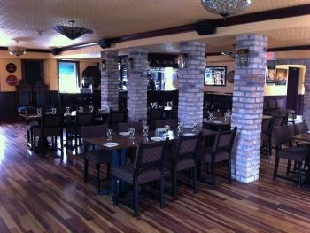 Lake Simcoe Arms!  Offers FREE Birthday Entree! Check out Live entertainment! Lake Simcoe Room booking for special events