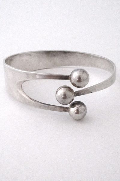 Anna Greta Eker for Plus Designs Norway Scandinavian Modernist silver Jester bracelet