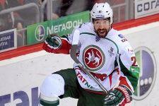 100%™ KHL Kazan Ak-Bars. Danis Zaripov