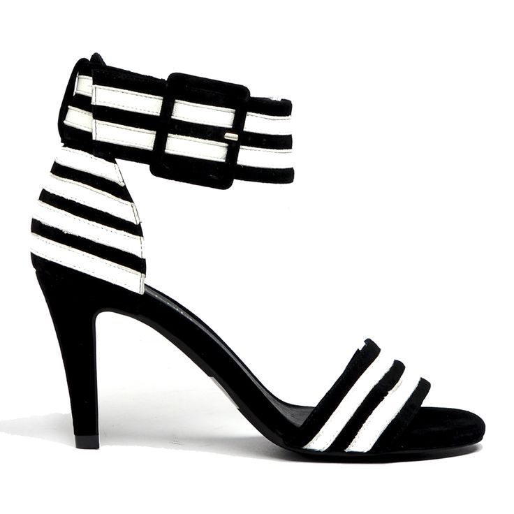 Moped by Top End. #topendshoes #cinorishoes #cinori #highheel #stiletto #blackandwhite #stripes #anklestrap #sandal #pretty #races #derbyday #fashion #shoes #goeswitheverything