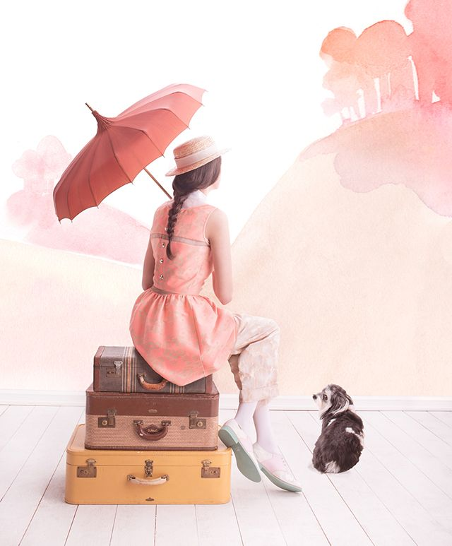 Dreamy watercolors for a girl's room | Fashion editorial featured by Paper Fashion | Link has more beautiful images