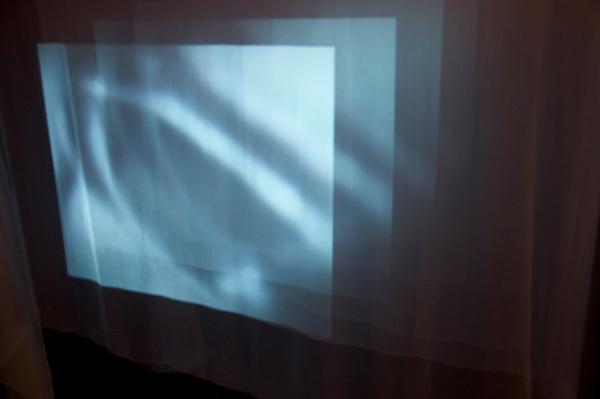 Catherine Dormor, Skin-Flow, 2010-2011, 240 x 240 x 500cm, video installation, silk chiffon