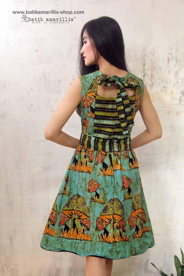 Batik Amarillis's Jolie dress