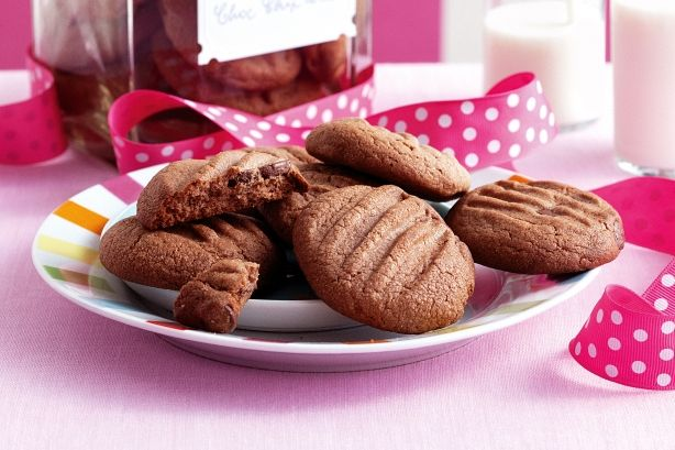 This cookie jar favourite will have you fighting for the last crumb!