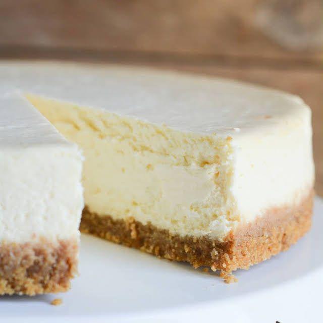 Basic Cheesecake Recipe Yummly Recipe In 2020 Basic Cheesecake Recipe Basic Cheesecake Cheesecake Recipes