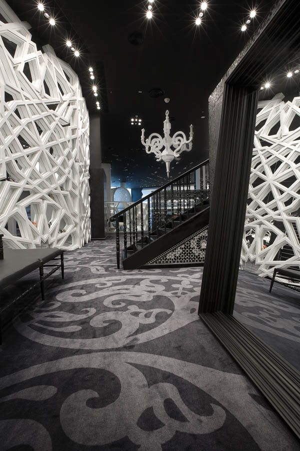 Designer Marcel Wanders has completed the interior of fashion store Villa Moda in Bahrain - ELLE Décor, NL
