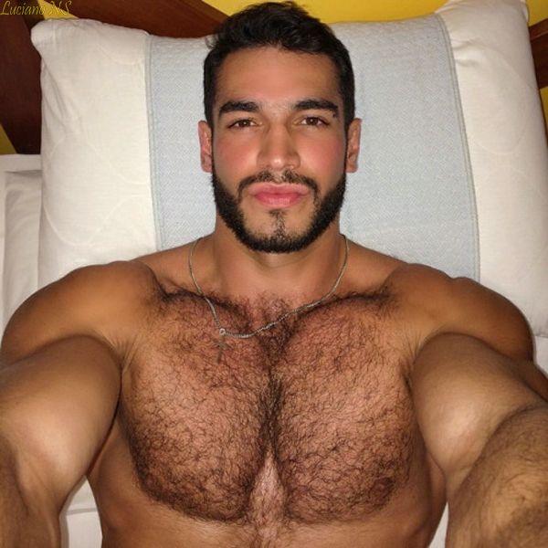 photo: latin dating author dating stud