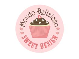 Tra le torte americane, la Red Velvet Cakeè senza dubbio la più bella oltre che la più famosa. Con i suoi strati di soffice Tortacolor rosso rubino e la sua morbida glassa color bianco candido è …