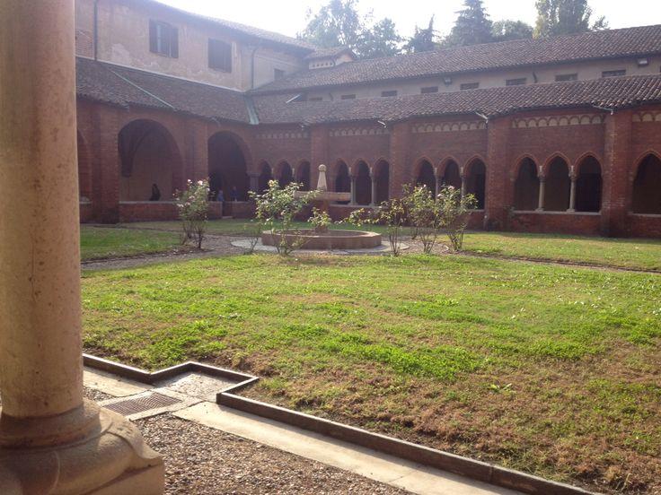 Abbazia di Chiaravalle - il chiostro