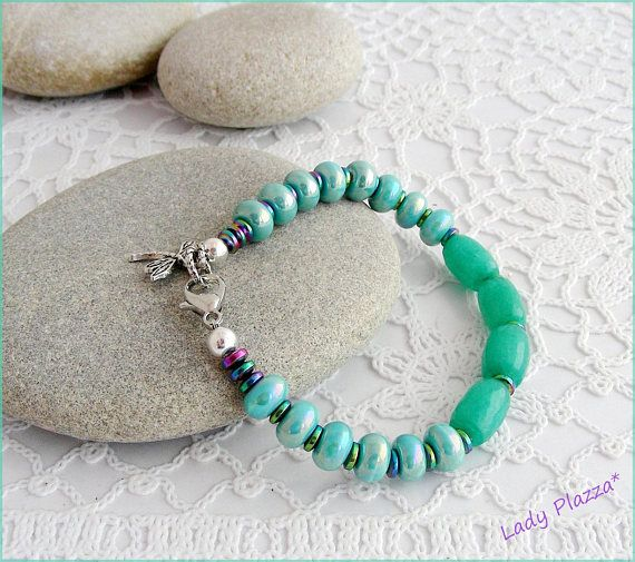 Bracelet gemstone /green Agate dragonfly charm ceramic