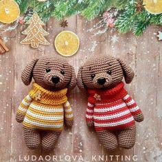 Щенки амигуруми в свитерах