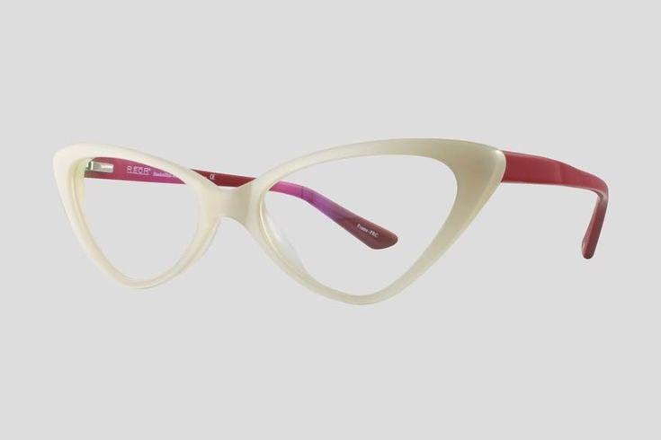#Brillen van Reor. Dit is de Bonnie (art. nr. F10.662FWH), complete bril vanaf € 39.90. #Montuur van wit met rood acetaat. Verkrijgbaar in meerdere kleuren.