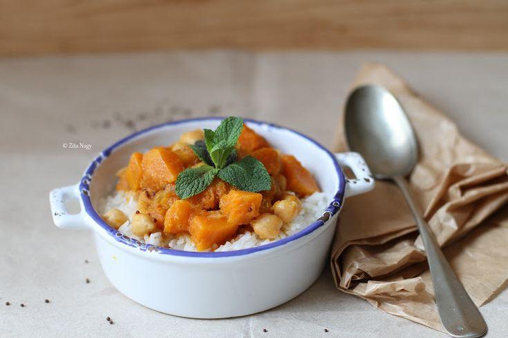 Vegán sütőtök csicseriborsó curry