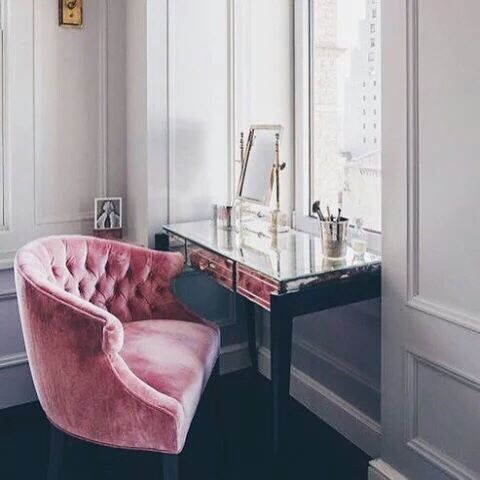 Accent chair for dressing table bedroom
