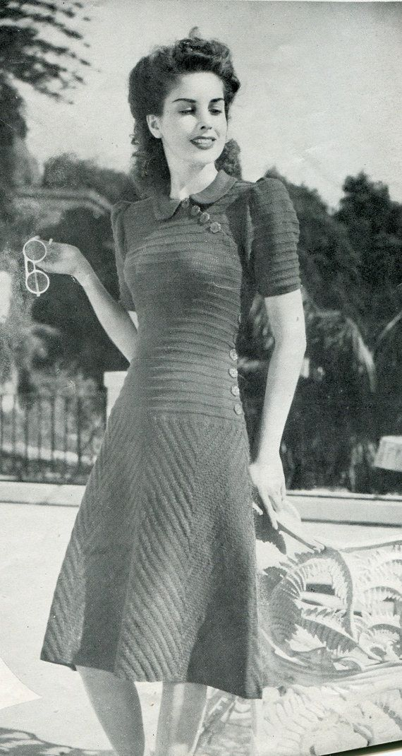 Beautiful 1940s knitted dress pattern.  Size 32 door InLaurelsCloset, $5.00