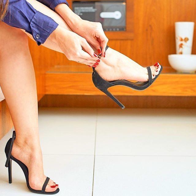 Feet heels sex