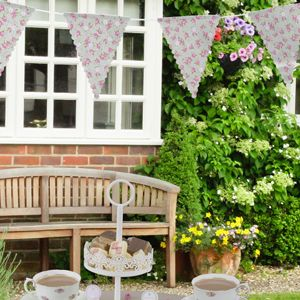 Decorate your venue with bunting