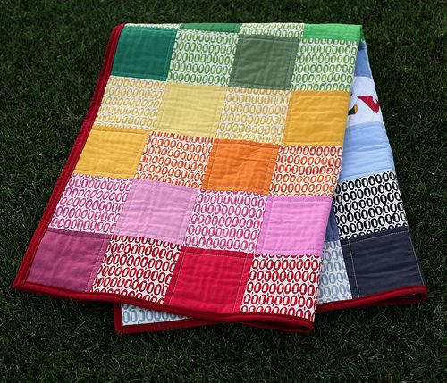 Machine Quilting – Beginner's Quilting Tutorial Series.  For some day when I have time... like maybe when I retire, ha!