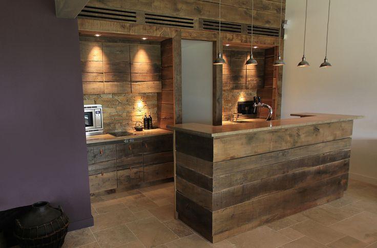 Couleur Pour Chambre Fille Garcon : Salle de détente pour une villa à Grimaud Cuisine en chêne
