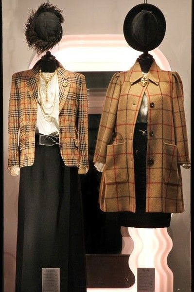 On the left wearing Norton and Wilson wool jacket, 1980s silk blouse, 1970s Saint Laurent wool skirt, Ferragamo leather belt, 1970s Goldette necklace, 1900s milliner's hat from Turin.  Outfit on the right: 1980s Valentino wool coat, Sportmax silk blouse, Fendi silk pleated skirt, 1970s snake belt, 1960s Mazer brooch, Borsalino vintage hat.