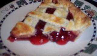 Tarte aux fraises et à la rhubarbe