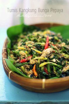 HESTI'S KITCHEN : yummy for your tummy: Tumis Kangkung Bunga Pepaya