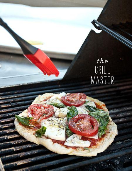 pizza with fresh mozzarella and basil