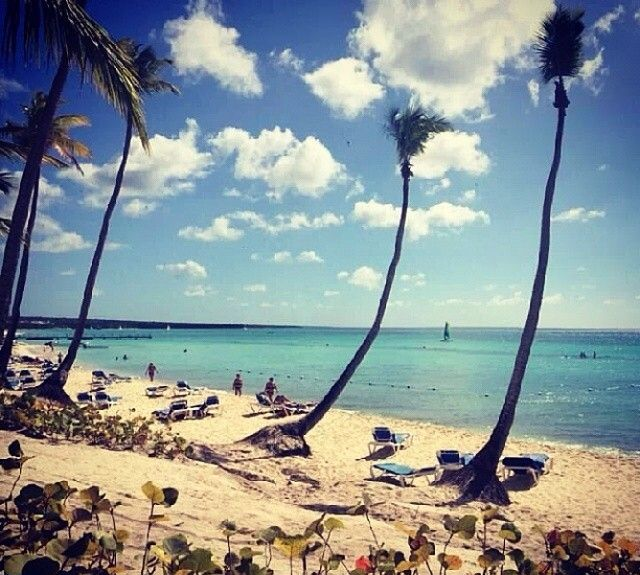 VACACIONES CARIBE BOOKING HELLO. Keep calm and go to the #beach!