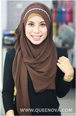Queenova: Hijab Tutorial: Headband Style end result