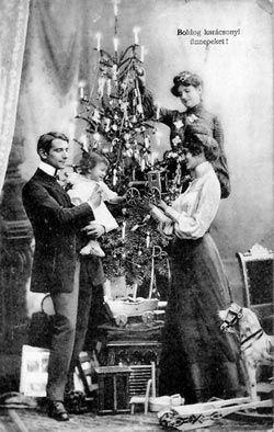 Vintage Hungarian christmas postcard 1907..........d