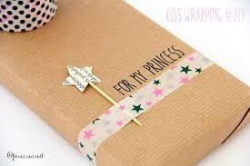 Risultati immagini per pacco regalo BAMBINA
