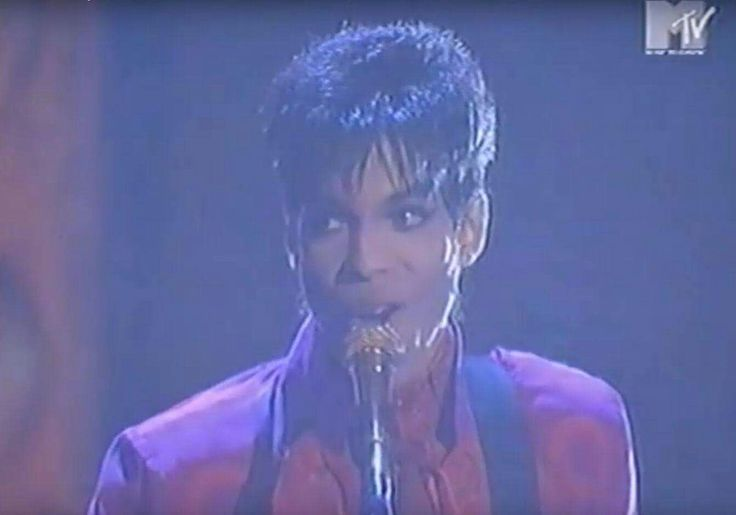 November 24th 1994  Prince performs Peach at the inaugural European MTV Awards