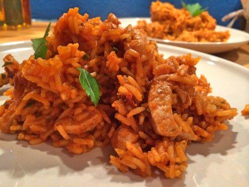 """Fix ohne Fix: Djuvec-Reis   Feinkostpunks.de Mama nannte das früher """"Serbisches Reisfleisch"""""""