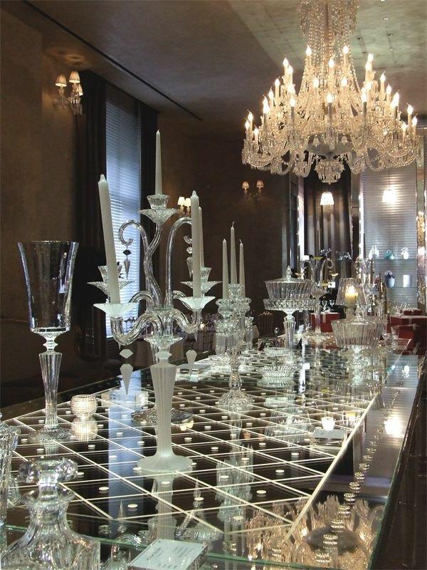 les 25 meilleures id es de la cat gorie lustre baccarat sur pinterest remake table en verre. Black Bedroom Furniture Sets. Home Design Ideas