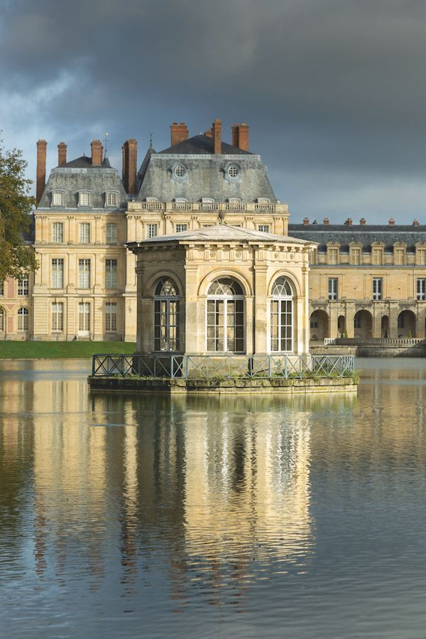 A Day at Château de Fontainebleau - the pond pavilion: In 1804, the newly…
