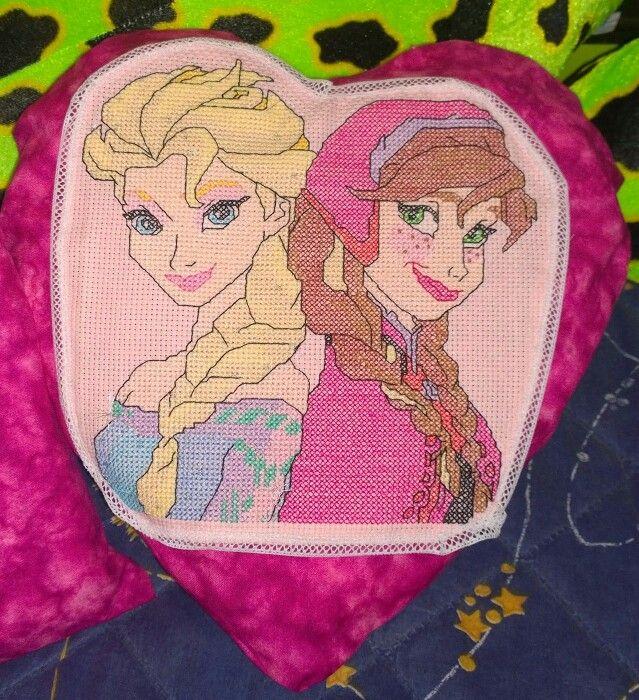 Cojin Frozen con forma de corazón