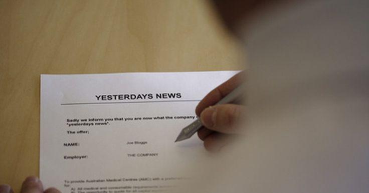 Tipos de cartas de solicitud. Una persona que escribe una carta de solicitud lo hace para obtener información específica. Una carta de solicitud debe contener la siguiente información: dirección del remitente, fecha, nombre y dirección del destinatario, saludo, cuerpo de la carta, el cierre y la firma. Puedes escribir una carta de solicitud para pedir una entrevista de ...