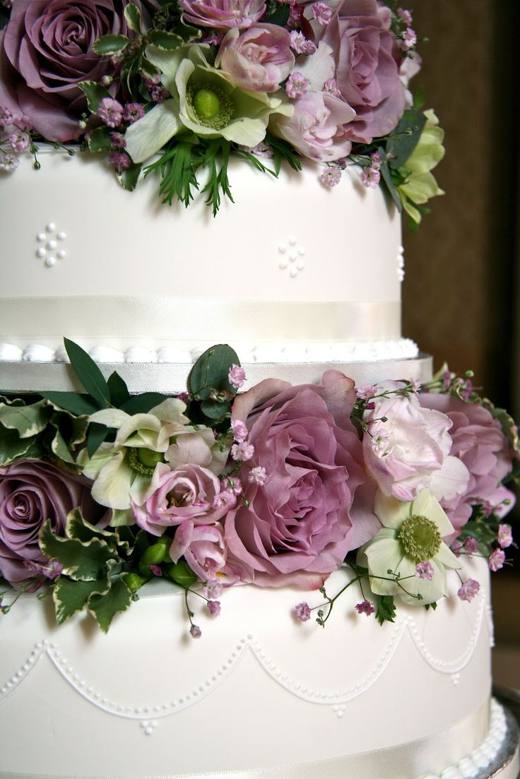 shabby chic wedding flowers 9 best images about wedding cake flowers on 7312
