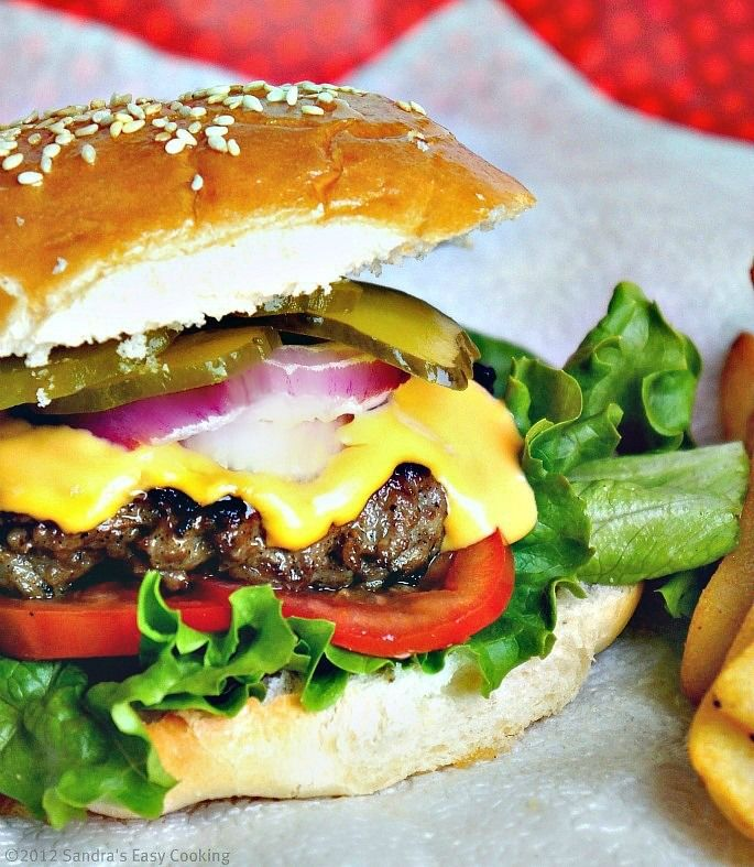Delicious homemade burger for any occasion. Perfect balance and very healthy organic beef for the burger patties.