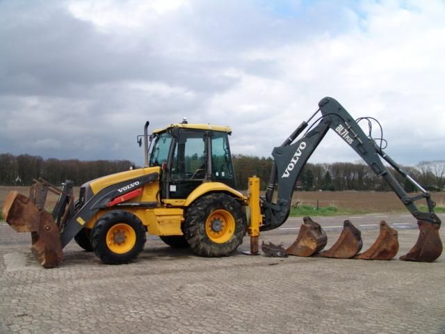 We sell Backhoe Volvo BL71 Plus + Cup 4/1 Second Hand. Manufacture year: 2007. Working hours: 9383. Weight: 9128 kg. 4x4, Air Conditioning.  Engine: VOLVO.  74 Kw Turbo Diesel. Excellent running condition. Ask us for price. Reference Number: AC0074. Baurent Romania.