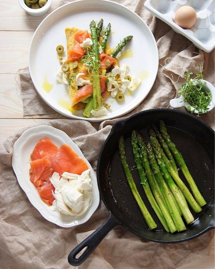 Dzień dobry! Koniec długich weekendów 🤣🤣🤣 Dzisiaj na blogu przepyszna propozycja na omlet ze szparagami, pstrągiem i mozzarellą 👌❤️❤️❤️ Pyszne jedzenie ❤️💕😘 👌👌👌👌👌Łapcie przepis na mojej stronie💕💕😘❤️ Smykwkuchni.blogspot.com…