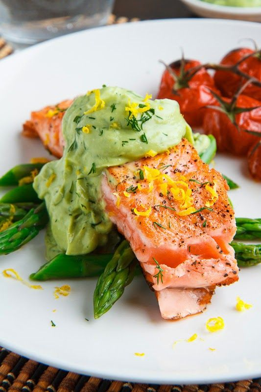 Seared Salmon in Dill Avodaise (Avocado Hollandaise) Sauce - perfect for Phase 3 (cut the amount of sauce in half for H-Burn)