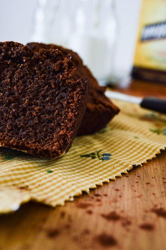 Cake au chocolat, miel et poudre d'amandes : la recette facile