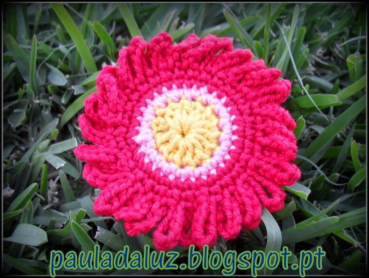 Paula LUZ: Crochet , cor e flores...     ...para alegrar