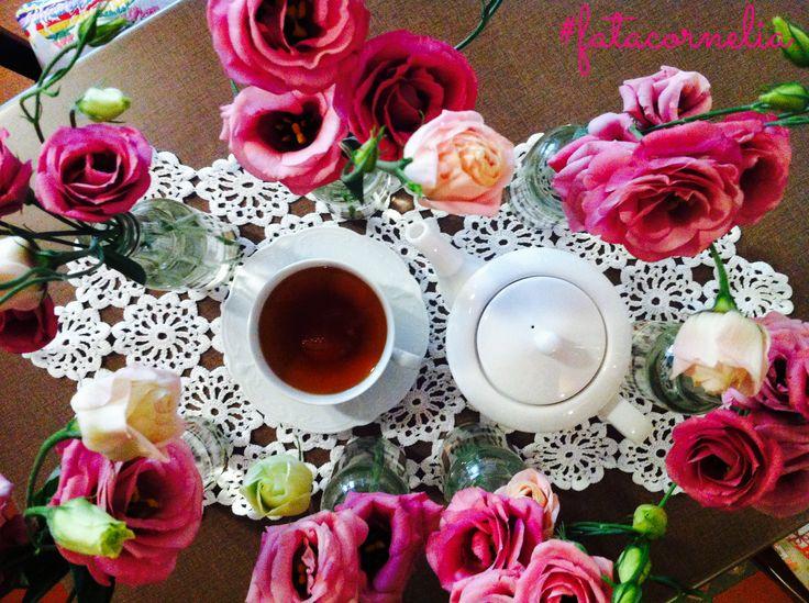Flowery tea time da #fatacornelia