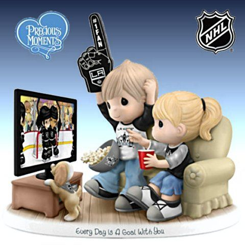 Precious Moments Every Day Is A Goal With You - Los Angeles Kings Figurine